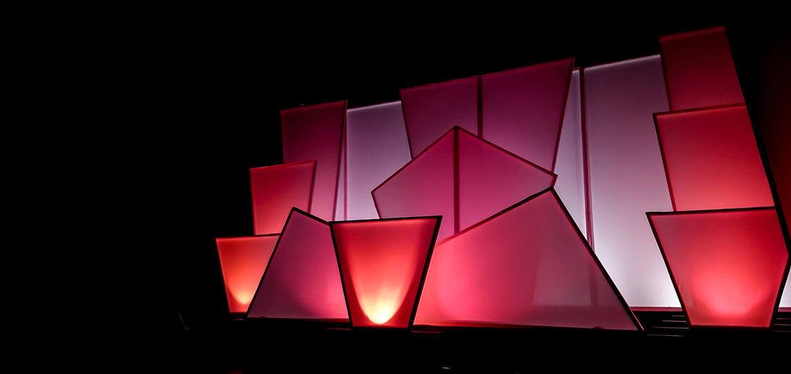 whitescenography05.jpg